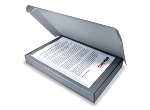 1PRO vuotohälyttimen VIP- asiakas lahjapakkaus etuviistosta kansi auki saatekirjeellä